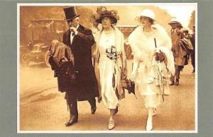 Royal Ascot 1921 Fashionable young women, Nostalgia Reprint