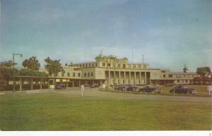 Washington D.C. , 50-60s ; Airport Entrance
