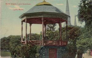 LYNN , Massachusetts, 1919 ; Band Stand