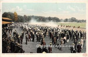 An exciting finish, Saratoga Race Track Saratoga Springs, NY, USA Horse Racin...