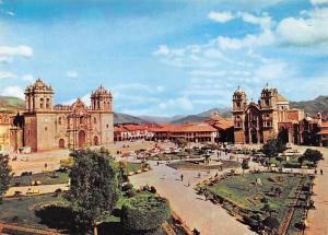 Peru Cusco Main Square, Plaza de Armas Promenade