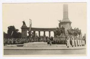 RP Budapest, Hungary, 00-10s  Heldengedenkstein beim Milleniums Denkmal