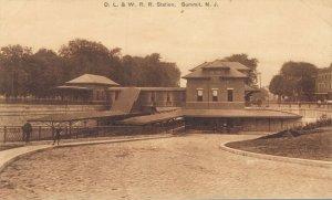 USA - D.L & W. R. R. Station Summit New Jersey 04.14