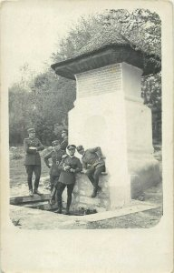 Romania interwar military officers Fountain of Manole Curtea de Arges postcard