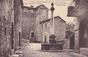 GOURDON , France , 00-10s ; Place de la Fontaine