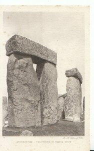 Wiltshire Postcard - Stonehenge - Trilithons in Horse Shoe - Ref 15130A
