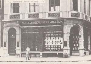 Modemagazijn Dam Hoek Nieuwendijk in 1890 Postcard