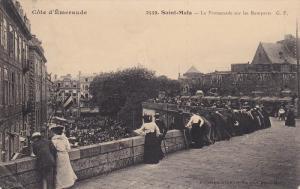 SAINT MALO, Ille Et Vilaine, France, 1900-1910´s; La Promenade Sur Les Rempa...