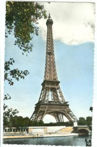 France, Paris, La Tour Eiffel, 1960 used real photo Postcard