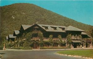 Bear Mountain State Park New York~Bear Mountain Inn~1950s Postcard