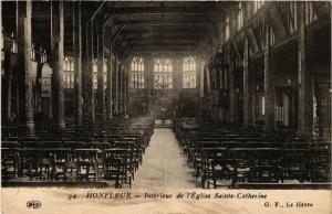 CPA HONFLEUR - Intérieur de l'Église Ste-Catherine (516409)