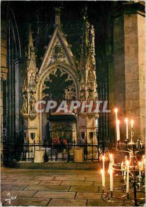 Modern Postcard The Cathedral Treguier C N The tomb of Saint Yves