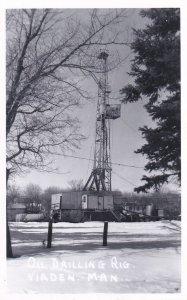 RP: VIADEN , Manitoba , Canada 20-40s ; Oil Well Drilling Rig