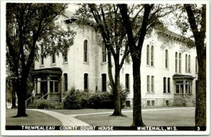 WHITEHALL, Wisconsin RPPC Real Photo Postcard TREMPEALEAU COUNTY COURT HOUSE