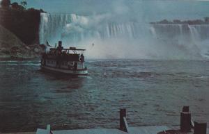 America Falls and Maid of the Mist, NIAGARA FALLS, Ontario, Canada, 40-60´