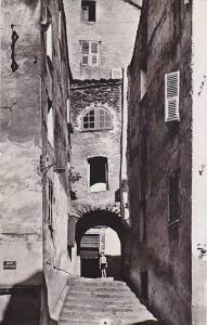 RP; CORTE , France , 1920s ; Vielle rue sur la place Gaffory