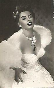 POSTAL A0505: Sofia Loren en Pan amor y …