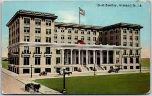 Alexandria, Louisiana Postcard HOTEL BENTLEY Street View c1910s Curteich Unused