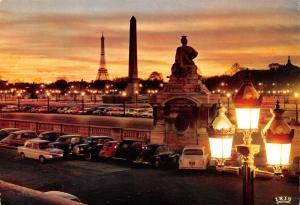 Postcard PARIS Dusk Crepuscule Sur La Place De La Concorde, France IRIS B40