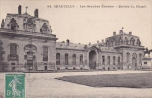 France Chantilly Les Grandes Ecuries Entree du Chenil 1910