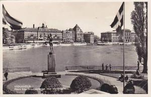RP, Motiv Fran Stromparterren Med Solsangaren, Stockholm, Sweden, 1920-1940s