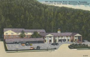GATLINBURG, Tennessee, 30-40s; New Riverside Hotel, Entrance to the Great Smoky