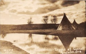 G55/ Pendleton Oregon RPPC Postcard 1942 Tepee Indian Native American