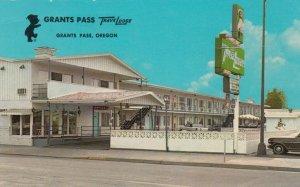 GRANTS PASS, Oregon, 1940-60s; TraveLodge