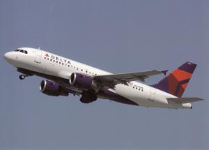 DELTA AIR LINES, A319-114, at Los-Angeles, unused Postcard