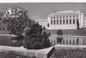 Switzerland Geneve Le Palais des Nation Unies et la Spere Manship Photo