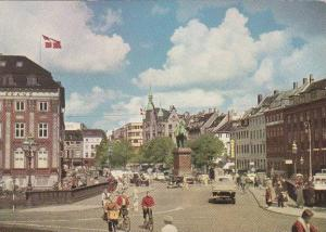 Denmark Copenhagen Hojbroe Square With Statue Of Bishop Absalon
