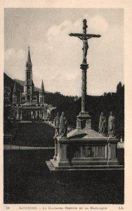 Le Cavaire Breton et la Basilque,Lourdes,France BIN