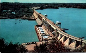 Missouri Lake Of The Ozarks Bagnell Dam