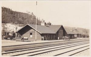 RP: Railroad Train Depot #2 , LAKE LOUISE , Alberta , Canada , 1920s ; Byron ...
