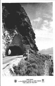 CAVE ROCK - RPPC Nevada Shore of Lake Tahoe - Vintage Car MrSTUFF B2/77