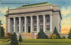 Bismarck, ND, Liberty Memorial Building, 1952 Linen Vintage Postcard c3867