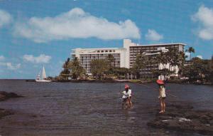 Naniloa Surf , Hilo Bay , Hawaii , 40-60s ; kids fishing