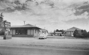 McCook NE Royal Motel~Nice c1954 Car~Sound Proofed~M/M Sam Klein, Props Postcard