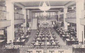 CLEVELAND, Ohio , 00-10s; Mills Restaurant Interior