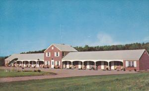The Green Mountaineer Motel, WHITE RIVER, Vermont, 40-60's