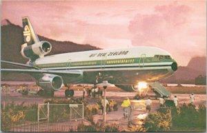 Air New Zealand NZ Airlines Aviation Unused Vintage Postcard F16