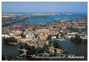 Blick auf die Altstadt mit Schloss Landeshauptstadt Schwerin Castle Aerial view