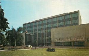 Hamilton Ontario~Wentworth County Court House~1950s Postcard