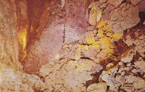 SELIGMAN , Arizona , 1950-60s ; RT 66 ; Dinosaur Caverns