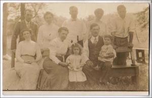 RPPC, Family Photo ?