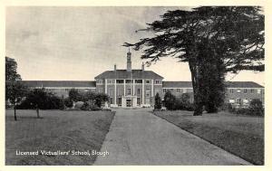 Slough, Licensed Victuallers' School, Greetings
