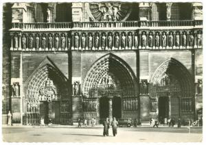 France, Paris, Les Portails de Notre-Dame, 1960 used real photo Postcard