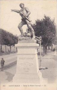 France Saint Malo Statue de Robert Surcouf