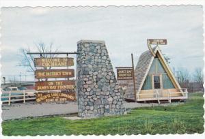 Information Hut , COCHRANE , Ontario , Canada , 50-60s