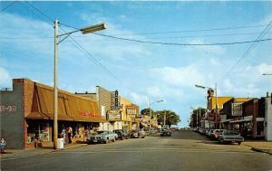 East Tawas Michigan~Street Scene~Ben Franklin 5-10~Family Theatre~NICE '70s Cars